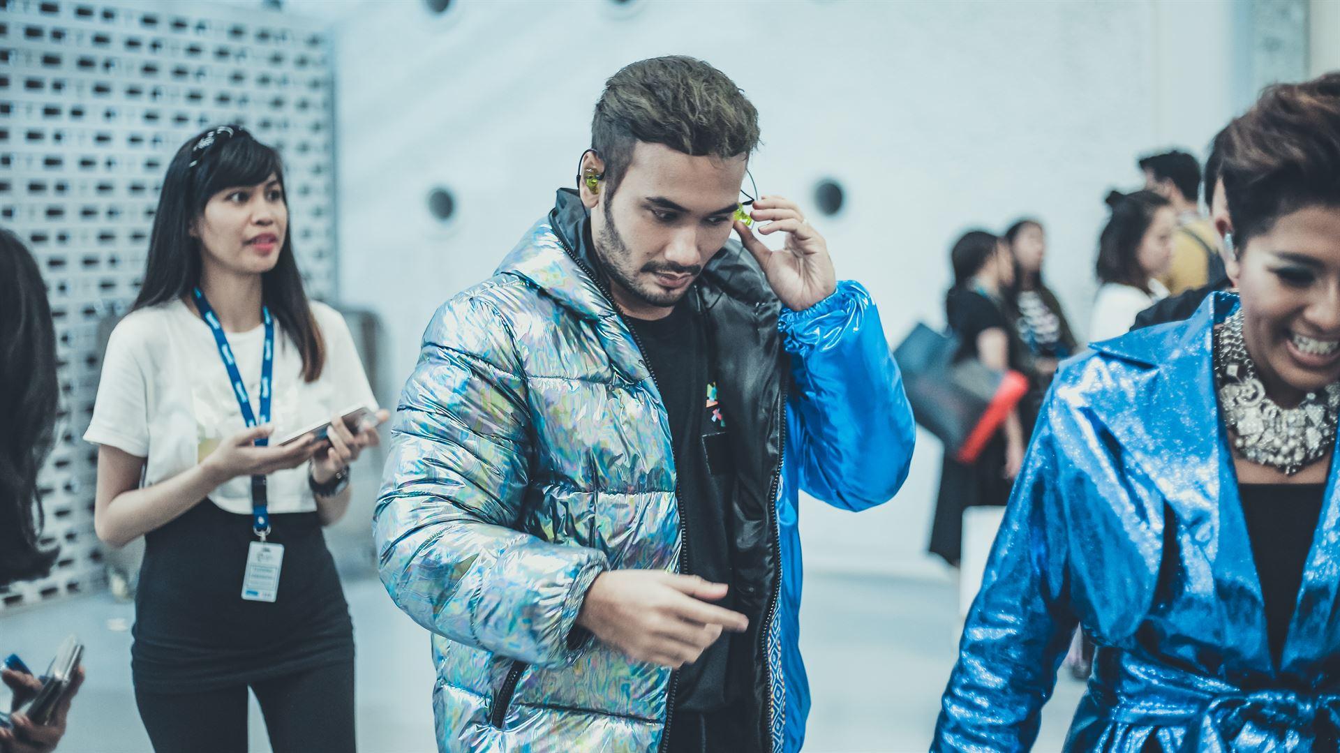 5 Potret JFlow, rapper Indonesia yang jadi idola baru di Korea Selatan | Brilio.net